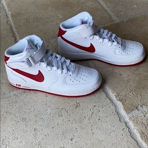 LIMITED EDITION Nike Mid Top Air Force One